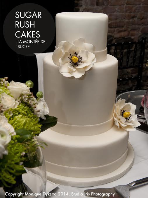 Double tier wedding cake