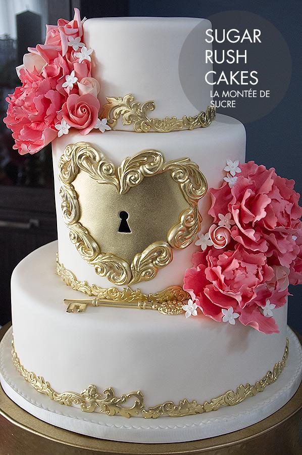 Gold heart lock wedding cake