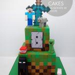 Minecraft tiered cake