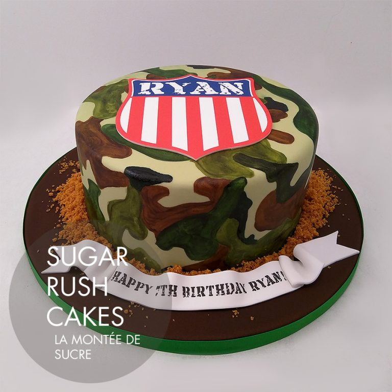 Army camouflage cake